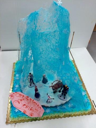 torta frozen con ghiaccio